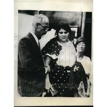1930 Press Photo Mrs.Peggy Lane Morloteheld held for Treason and Spying