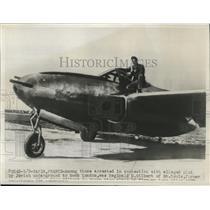 1947 Press Photo Pilot Reginald D. Gilbert with Plane, Paris, France - nef57005