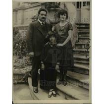 1923 Press Photo General Antonio Villareal with wife & son Manuel in Mexico City