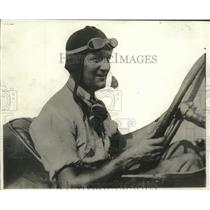 1920 Press Photo Portrait Of Pilot Howard Wilcox - net33022