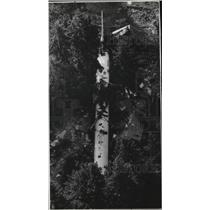 1979 Press Photo Aerial view of a commercial plane crash landing in Portland