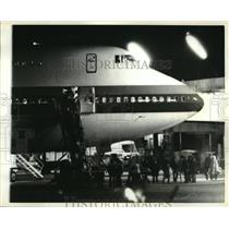 1979 Press Photo Passengers from hijacked plane debark at NYs Kennedy Airport