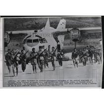 1962 Press Photo Montagnard Tribesmen of Vietnam Training in Tancanh - ftx00453