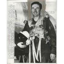1953 Press Photo Capt. Joseph McConnell Jr. of Apple Valley second American Ace