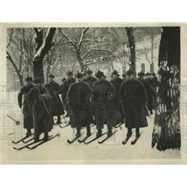 1930 Press Photo Russian Army Marching Over Snow Covered Areas is Difficult