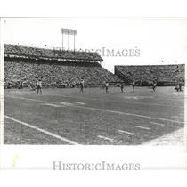 1967 Press Photo New Orleans Saints Playing Football in Full Stadium - noa00792