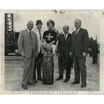 1967 Press Photo New Orleans Saints - Cheerleader Joann Goldman at ceremonies