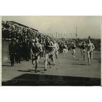 1920 Press Photo DO Hendrixson wins 440 yard dash in California meet - net31023