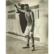 1915 Press Photo Swimmer Harry Pettee of the C.A.C. - net32102