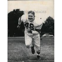 "1949 Press Photo Forrest ""Chubby"" Grigg, Cleveland Browns tackle - orc04831"