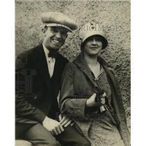 1925 Press Photo Mr & Mrs Dudley Lee hes is Boston shortstop - net30539