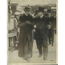 1914 Press Photo Cardinal Mercior with TP O'Connor at Waterloo Station, London