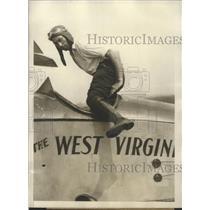 1928 Press Photo MR Dinger Dougherty legless pilot in plane in NY - sbx02735