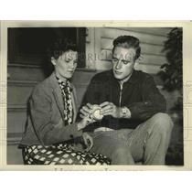 1936 Press Photo Johnny Vander Meer of Reds & Los Stewart in NJ - sbs03811