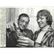 1973 Press Photo Philadelphia Flyers hockey's Bobby Clarke & coach Fred Sherro