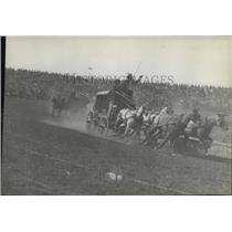 1931 Press Photo Stagecoaches Racing - spx16922