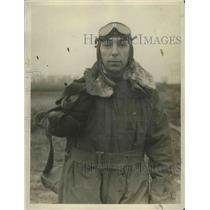 1927 Press Photo Lieutenant Commander Noel Davis - nef65408