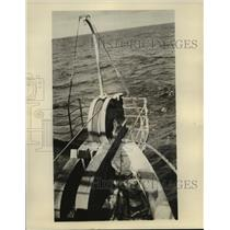 """1928 Press Photo Ocean cable over stern of """"Dominia"""" into ocean - mja60226"""