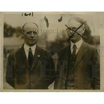 1923 Press Photo Donald B. MacMillan & Louis B.F. Raycroft at Booth Bay Harbor