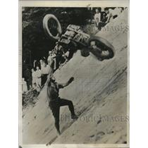 1935 Press Photo Motorcyclist Thrown in Mt Peninsula, Oh, Akron Motorcycle Club
