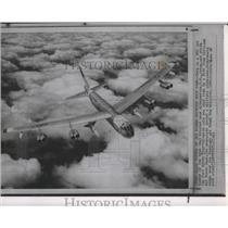 1961 Press Photo Airplane, B52 Jet Bomber - spa73833