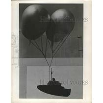 1955 Press Photo Balloon-Raised Antenna designed for the Navy's Icebreakers