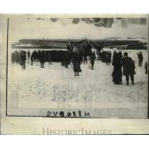 1928 Press Photo Relief Plane Lands in Snow at Murray Bay in Bremen - neo19638