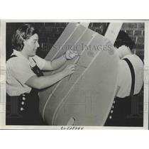 1939 Press Photo Women Workers Covering Wings of One of the War Planes at Malton