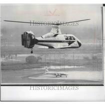 1963 Press Photo The 16H pathfinder helicopter on it's test flight - spa74640