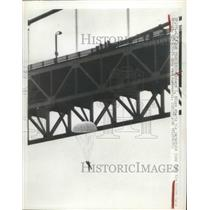 1949 Press Photo Robert L.Niles jump from the Golden State Gate Bridge