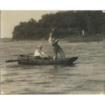 1921 Press Photo Boxer Tommy Gibbons fishing with Eddie Kane - nef69045