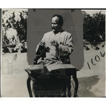 1930 Press Photo Burghwan Das Mahatma India Rebel Leader - neo08435