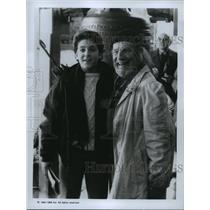 1991 press photo fred savage hume cronyn in christmas on division street - Christmas On Division Street