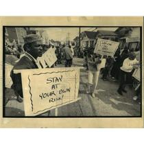 1992 Press Photo Armstrong Redevelopment Corporation - Protest March - noa19485