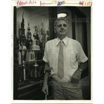 1988 Press Photo Warren Easton Coach Alex Athas - noa21043