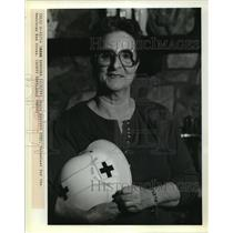 1989 Press Photo American Red Cross - Josie Avocato, Volunteer for Red Cross