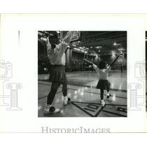 1993 Press Photo O.P. Walker Cheerleading - Irma Herrera and Dinah James