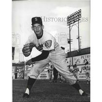 1963 Press Photo Baseball-left handed Indians pitcher Ed Dick - sps06963