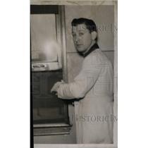 1937 Press Photo Sir Rex Edward Richards scientist - RRX41127