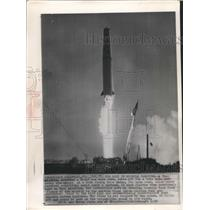 1958 Press Photo Thor Missile test firing in Cape Canaveral, Florida