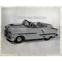 1954 Press Photo Mandel Brother Siren Motor Red Model