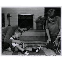 1968 Press Photo German people measles suffering kids - RRW92489