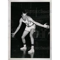"""1953 Press Photo Harold """"Hal"""" Kinard (Basketball) - RRW74199"""