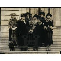 1921 Press Photo Cabinet & Senate wives Mrs A Goldberg, Mrs H Wallace