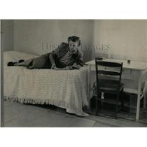 1950 Press Photo Grace Bryson Waukegan Red Cross - RRW61875