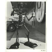 1968 Press Photo Bug Monster Mechanic New Volkswagen - RRW41435