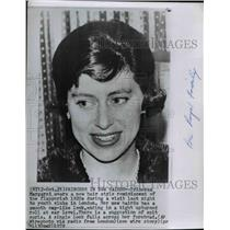 Heirs royalty socialites historic images 1959 wire photo princess margaret shows off her new short haircut spw04943 winobraniefo Gallery