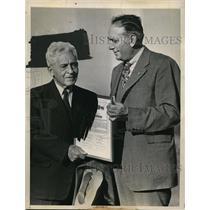 1946 Press Photo Chicago Tug Wilson Commissioner of Big Nine  - nem35430