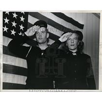 1944 Press Photo NYC Ruth Endressen joins Coat Guard with brother Alf