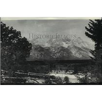 1920 Press Photo View of the wild and beautiful Teton National Park - spx19915